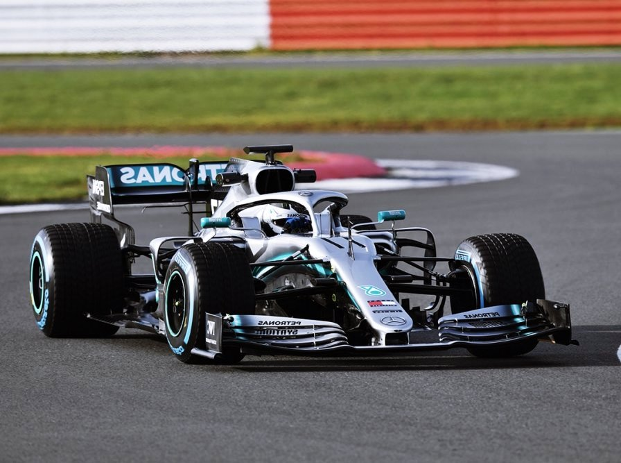 Why Mercedes-Benz AMG Formula 1 Cars Are Perfect?